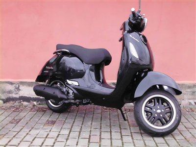 motorroller rostock 2014 motorrad hafenstein verkauf. Black Bedroom Furniture Sets. Home Design Ideas